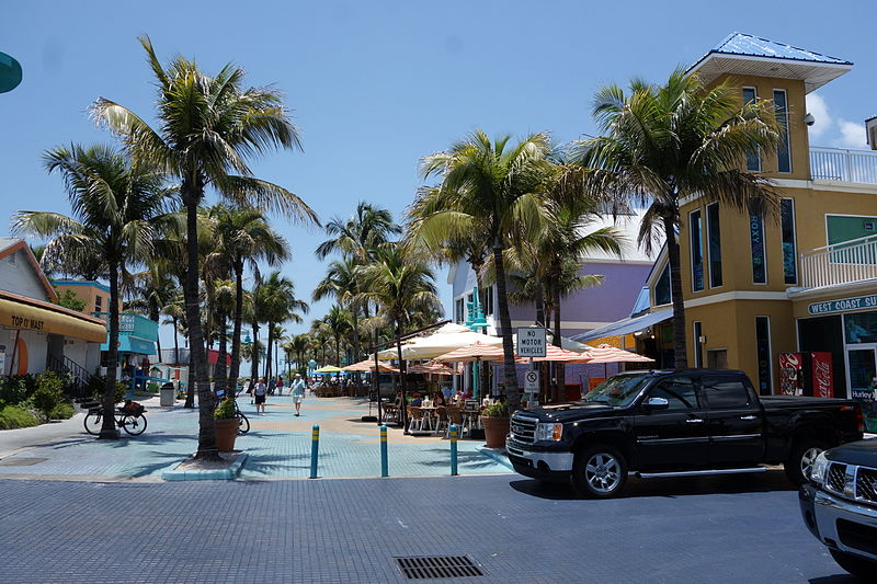 File:Fort Myers Downtown 2.JPG