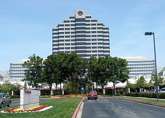 Foster City, California - Metro Center, one of Foster City's largest retail/office complexes