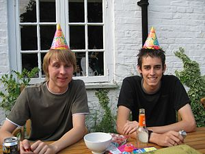 Party hat - Image: Frazz 3
