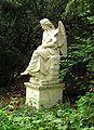Friedhof Heerstr Engel.jpg