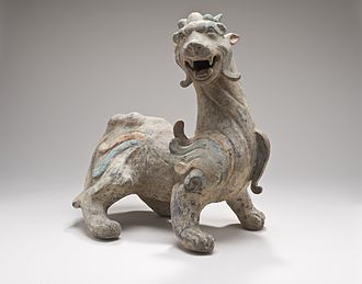 """Pixiu - A sculpture of a Chinese Pixiu """"Bìxié"""" − a female Pixiu with two antlers. Los Angeles County Museum of Art (LACMA)"""