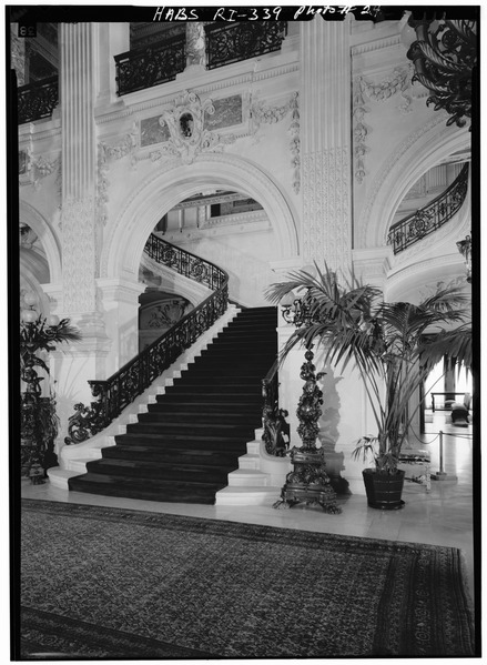 File:GRAND STAIRCASE FROM THE SOUTH - The Breakers, Ochre Point Avenue, Newport, Newport County, RI HABS RI,3-NEWP,67-24.tif