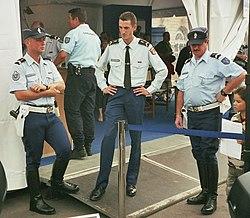 23050b911ea30 Membros da Gendarmaria Nacional (polícia militar da França).