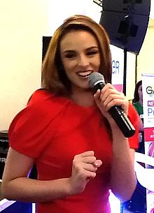 Georgina Wilson endorsing Garnier at Trinoma, October 2012.jpg