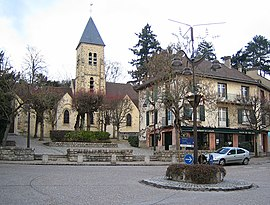 Saint-Rémi church in Gif-sur-Yvette
