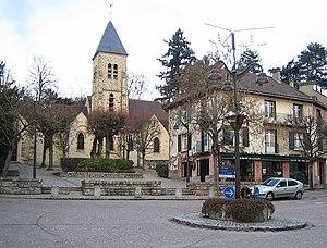 Gif-sur-Yvette - Saint-Rémi church in Gif-sur-Yvette