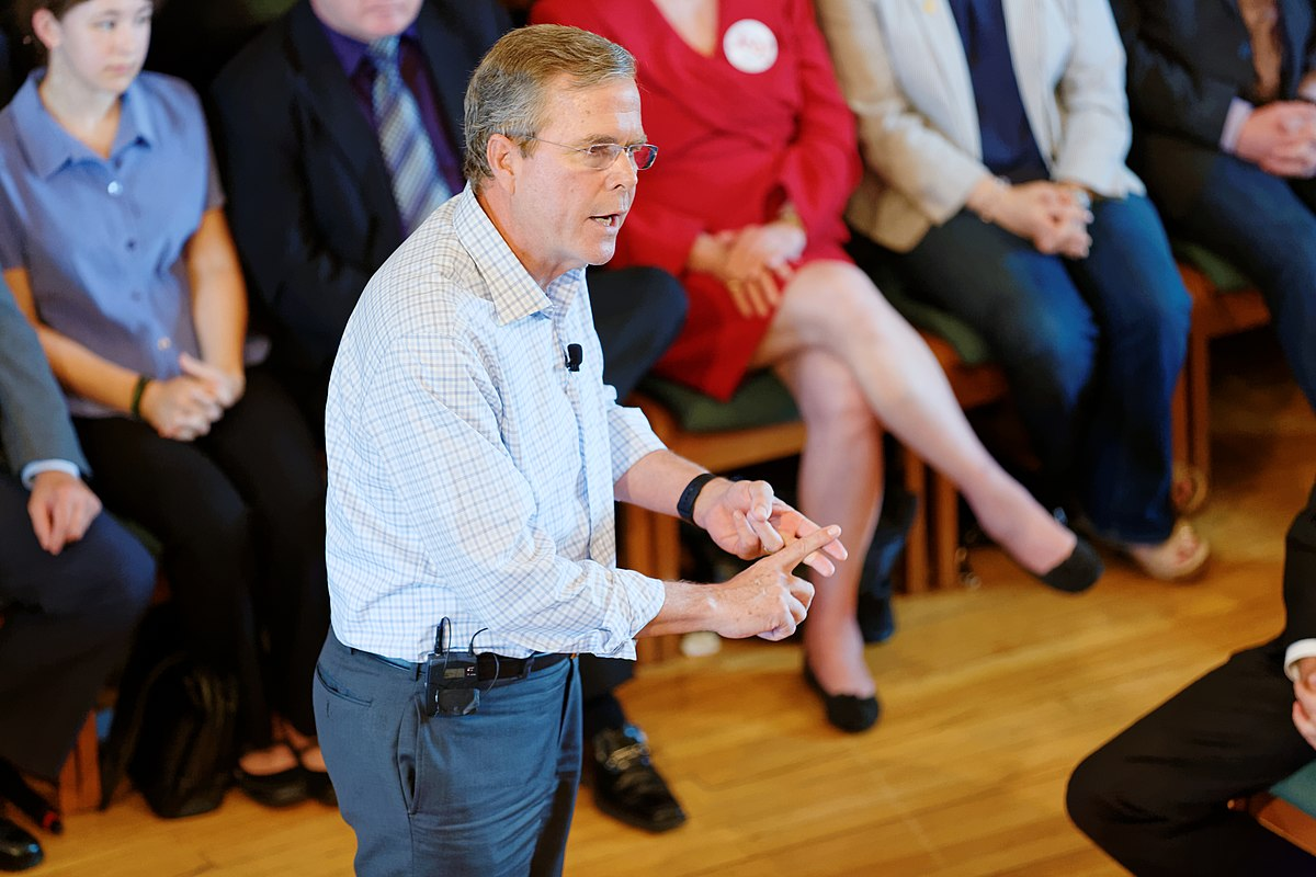 Governor of Florida Jeb Bush, Announcement Tour and Town Hall, Adams Opera House, Derry, New Hampshire by Michael Vadon 24.jpg