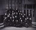 Gruppbild kvinnliga elever Gymnastiska Centralinstitutet Stockholm ca 1900 0110.jpg