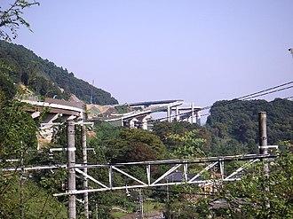 Ken-Ō Expressway - The Ken-Ō and Chūō Expressways meet at Hachiōji Junction.