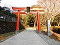 Hanawada Hachiman Shrine Torii.jpg