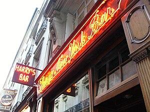 Harry's New York Bar - The Neon of Harry's New York Bar