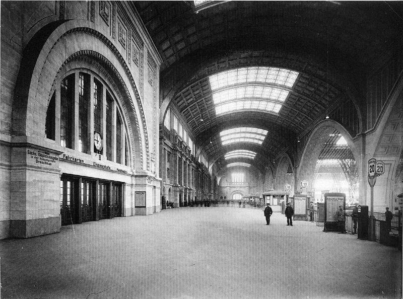 Hauptbahnhof Querbahnsteig Leipzig 1916