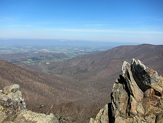 Shenandoah National Park - View from the summit of Hawksbill Mountain