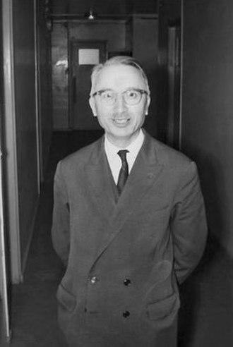 Henri Cartan - Henri Cartan in 1968