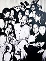 Ho-chi-Minh with children (8).jpg
