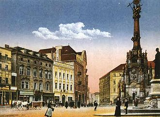 Holy Trinity Column in Olomouc - Historical picture of the Holy Trinity Column on Olomouc Upper Square