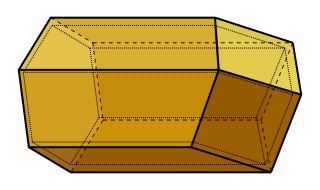 A computer-generated model of a honeycomb cell, showing a hexagonal tube terminating in three equal rhombuses that meet at a point on the axis of the cell
