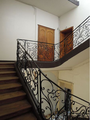 Hotel macNemara escalier 32.png
