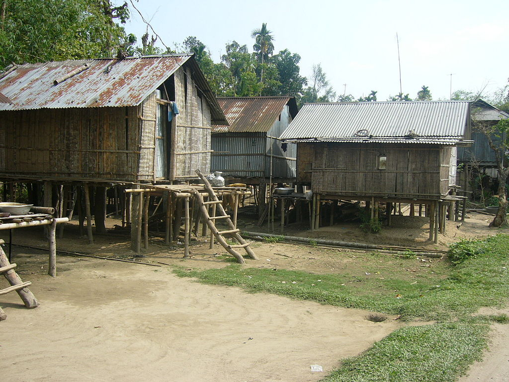 File house of khasia tribe in jaflong sylhet bangladesh 07 for Bangladesh house picture