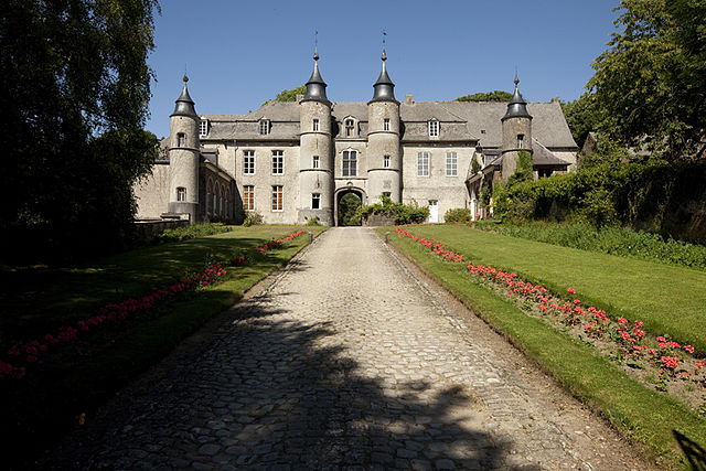 Houtain-le-Val Castle