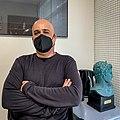 Humberto Valdivieso en su oficina.jpg