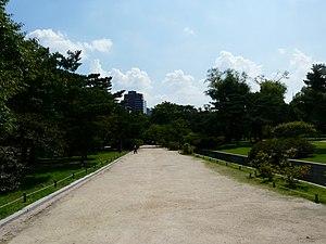 Hyehwa fall 2014 048 (Changgyeonggung).JPG