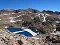 Ibón Lliterola near Mt. Perdiguero - panoramio.jpg