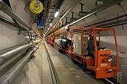 27-километровый подземный туннель, предназначенный для размещения ускорителя LHC.