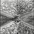 Interieur, detail van derde gewelf sluitsteen boven het hoogkoor, geteld van uit het oosten - 's-Hertogenbosch - 20424566 - RCE.jpg