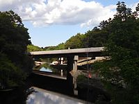 Interstate 95 Route 128 bridge over the Charles River, Dedham MA.jpg