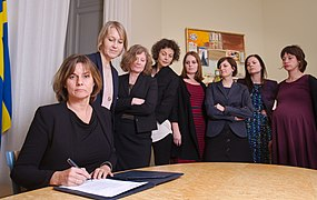 Isabella Lövin signing climate law referral.jpg