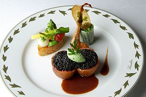 Nouvelle cuisine - A Jacques Lameloise (a three-star Michelin Guide chef) nouvelle cuisine presentation
