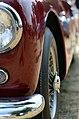 Jaguar XK120 (43087273495).jpg