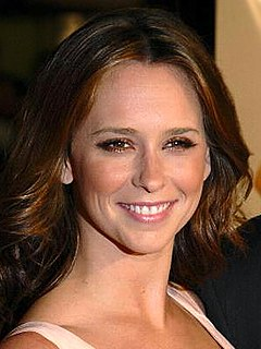 Jennifer Love Hewitt American actress, producer and singer-songwriter