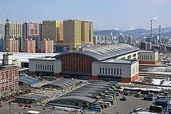 Jilin Railway Station West Square.jpg