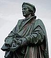Johannes Reuchlin Lutherdenkmal Worms.jpg