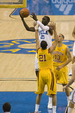 Jrue Holiday - Holiday with UCLA in 2009