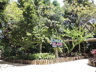 Jungle Island - Front entrance to the park.