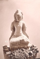 KITLV 87590 - Isidore van Kinsbergen - Hindu-Javanese sculpture coming from the Dijeng plateau - Before 1900.tif