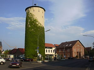 Kahl am Main - Town hall and watertower