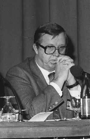 Kalevi Sorsa - Kalevi Sorsa in 1983