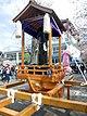 Kanamara-mikoshi2.jpg
