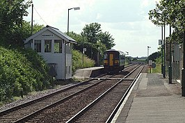 Kennett railway station in 2003.jpg