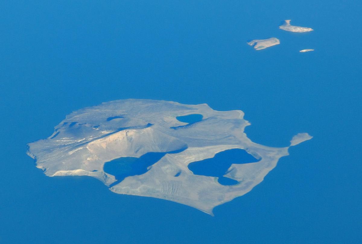 Central Island - Wikipedia