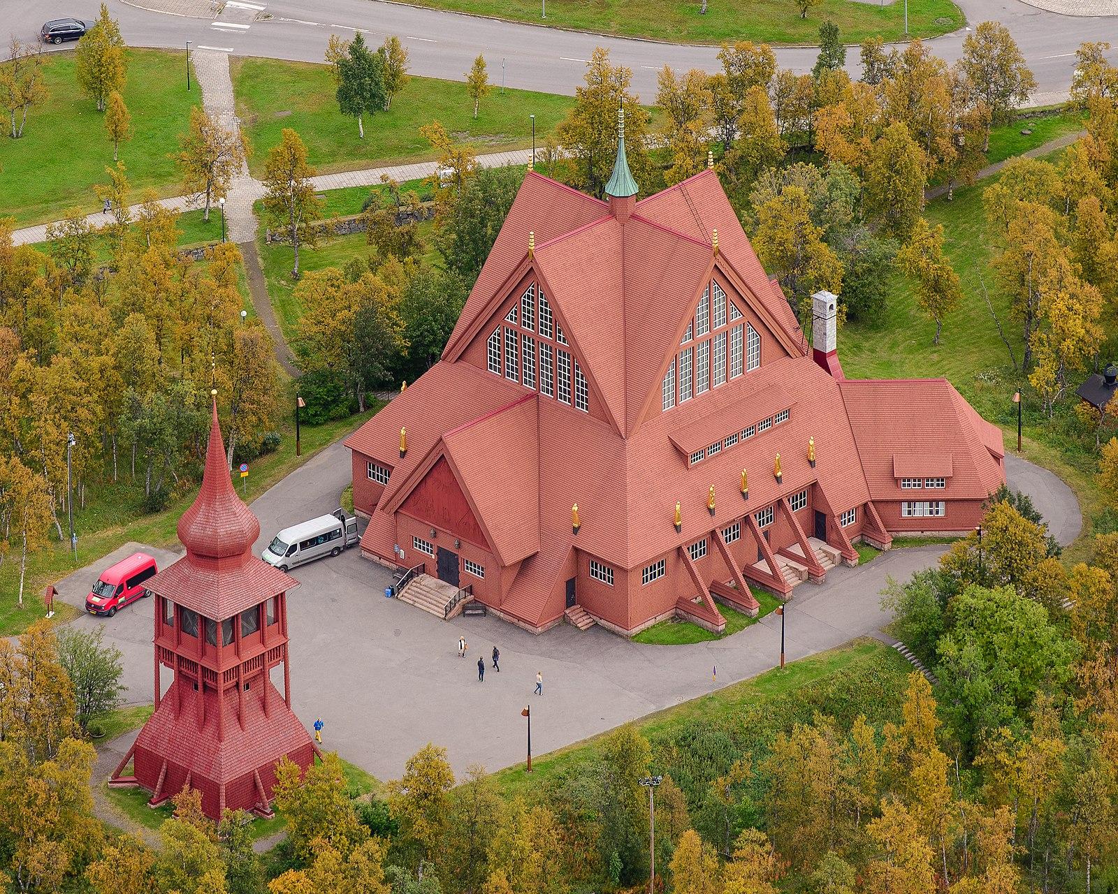 Kiruna kyrka September 2017 04.jpg