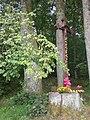Kistówko, wayside cross.jpg