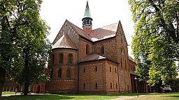 Klosterkirche St. Marien 2010-08 Bild 1