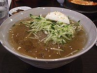 Korean.noodles-Mul.naengmyeon-01.jpg