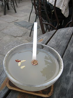Korean rice punch-Sikhye-01.jpg