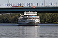 Kosmonavt Gagarin on Khimky Reservoir 3-aug-2012 01.jpg